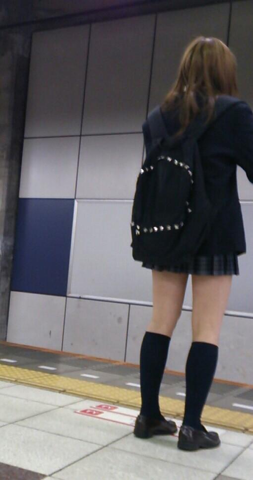 JK_冬服_太もも:xvideos&FC2エロ動画-画動-04