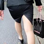 【タイトスカート画像】素人OLのスリットが入ったヒップラインがエロいタイトスカート街撮り画像