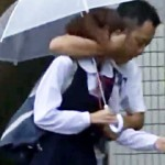 【レイプ動画】大人しそうな女子校生を公衆トイレに拉致…中出し食らい涙流しながら帰宅中に更にレイプw
