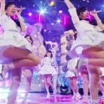【AKB48パンチラ画像】4月7日放送『HEY!HEY!HEY!』でミニスカート衣装から常時パンチラ…完全におかずww