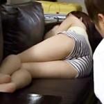 【大沢美加動画】ホットパンツにノーパンで爆睡中の彼女の妹を夜這い→可愛いセフレ誕生したww