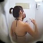 【xvideos盗撮動画】プール更衣室でシャワー浴びて楽しそうに着替えるまだまだ育ち盛りの女の子達w
