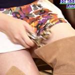 【着衣巨乳画像】関西ローカル番組で推定E、Fカップの巨乳ネイリストがおっぱい&太もも披露ww