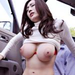 【JULIA動画】くびれたウエスト、Jカップ巨乳人妻がサラリーマンを逆ナン…日中から野外セックスw