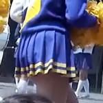 【チアガール盗撮動画】学校の文化祭で健康的な腰つきがエロいチア部女子校生のパンチラ個人撮影流出…