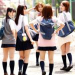 【JK中出し乱交動画】夏休み前に浮かれた女子校生を読者モデルになりませんか?と騙し中出し乱交ww