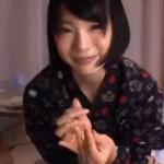 【鈴村あいりAV動画】患者のおちんちんをキレイに舐めあげて抜いてくれるショートカット美少女!!